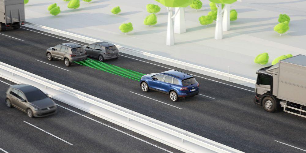 Volkswagen-Front-Assist-ACC
